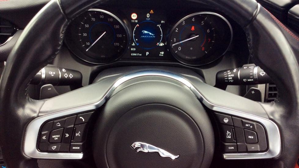 Jaguar XF 3.0 V6 Supercharged S image 9