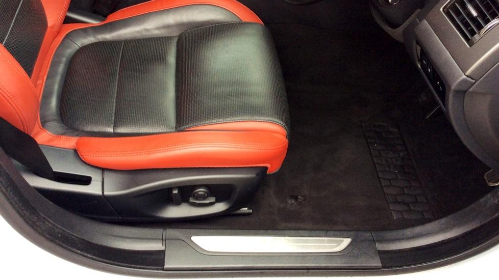 Jaguar XF 3.0 V6 Supercharged S image 18
