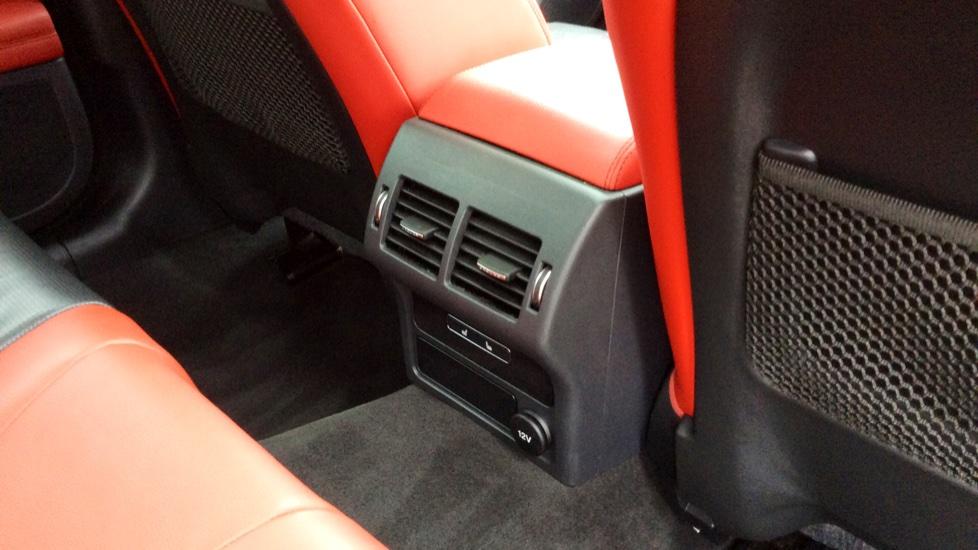 Jaguar XF 3.0 V6 Supercharged S image 25