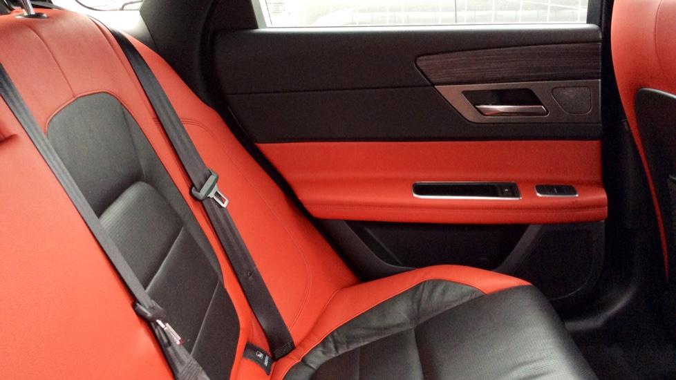 Jaguar XF 3.0 V6 Supercharged S image 26