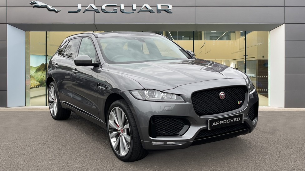 Jaguar F-PACE 3.0d V6 S AWD Sliding Panoramic Roof and Blind Spot assist Diesel Automatic 5 door Estate (2018) image