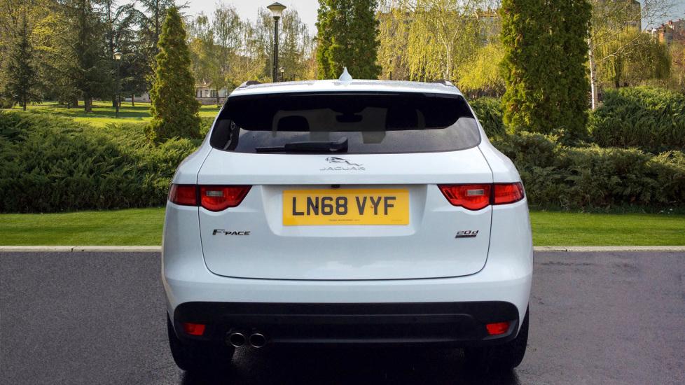 Jaguar F-PACE 2.0d R-Sport 5dr AWD image 6