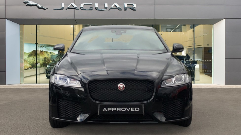 Jaguar XF 2.0d [180] Chequered Flag 4dr image 7