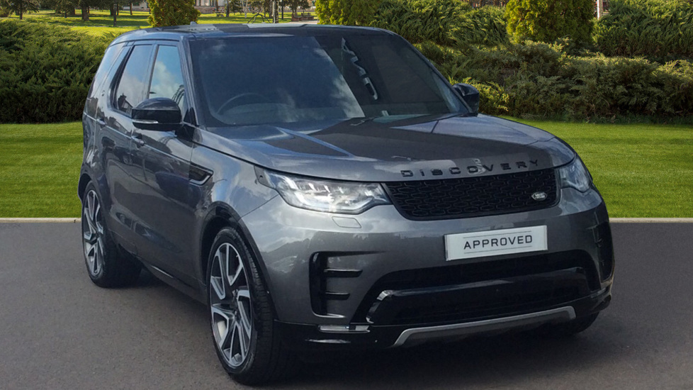 Land Rover Discovery 3.0 SDV6 HSE Luxury 5dr - Surround Camera - Entertainment System -  Diesel Automatic 4x4 (2019)