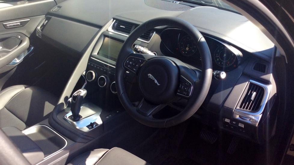 Jaguar E-PACE 2.0 [300] HSE 5dr image 18