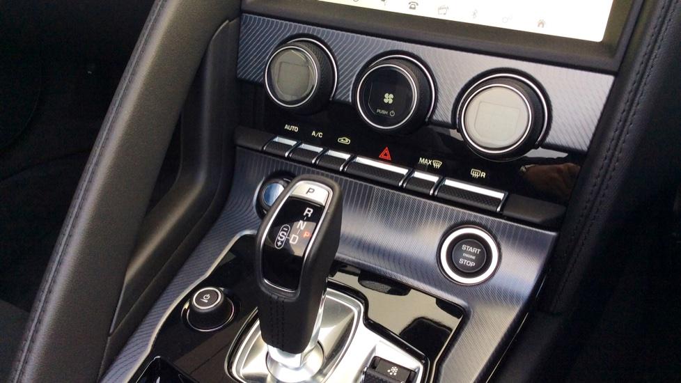 Jaguar F-TYPE 2.0 R-Dynamic 2dr image 14