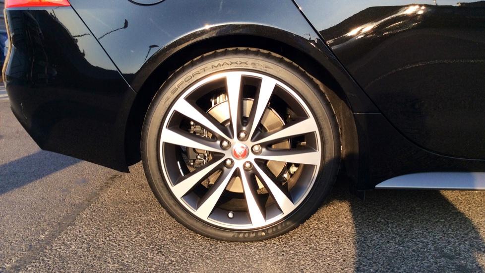 Jaguar XE 2.0 [300] 300 Sport AWD image 8