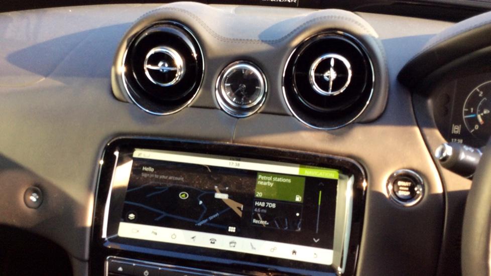 Jaguar XJ 3.0d V6 R-Sport image 11