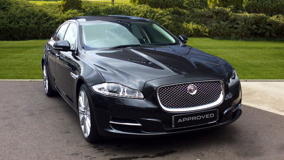 Jaguar XJ 3.0d V6 Premium Luxury [8] + Rear View Camera + 20