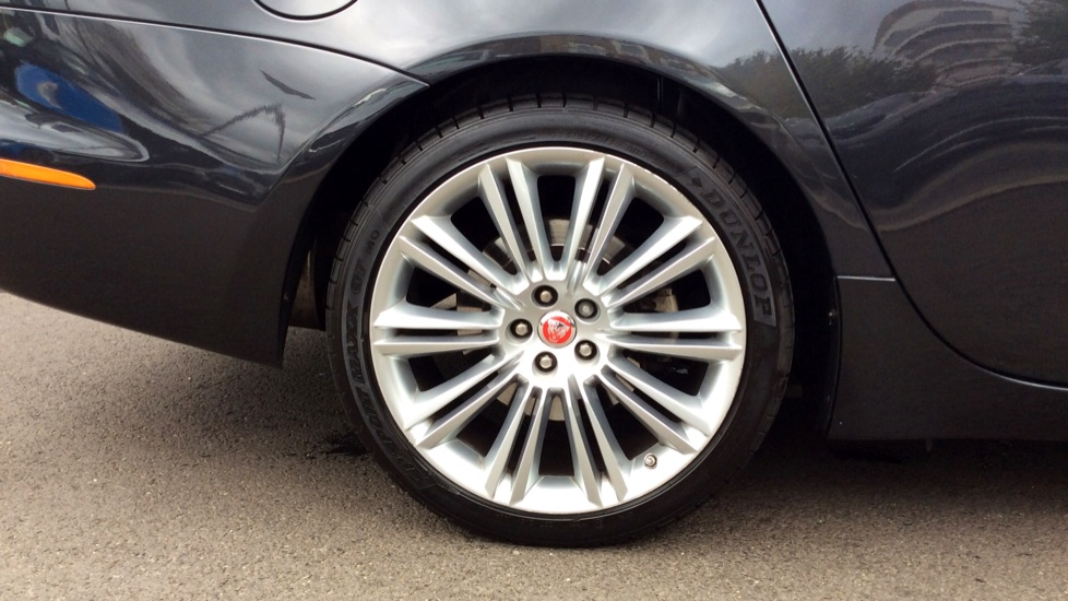 Jaguar XJ 3.0d V6 Premium Luxury [8] image 8