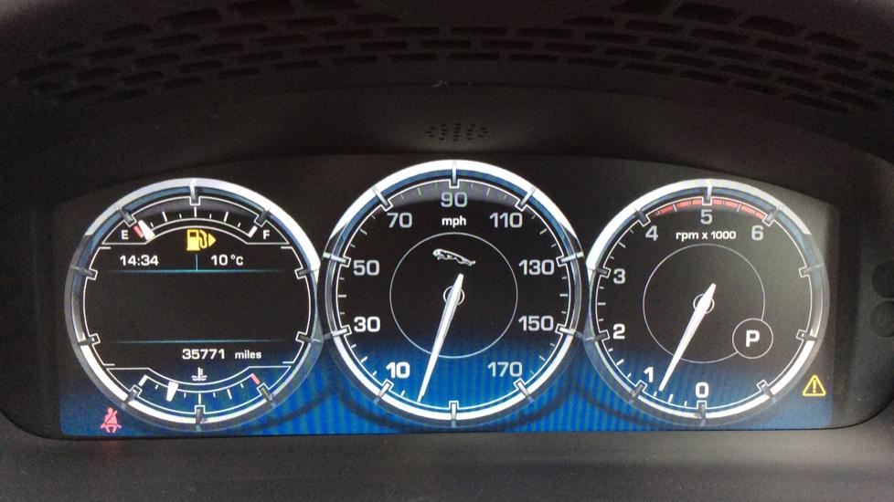 Jaguar XJ 3.0d V6 Premium Luxury [8] image 11