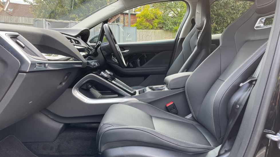 Jaguar I-PACE 294kW EV400 SE 90kWh [11kW Charger] Performance seats and Fixed panoramic roof image 3