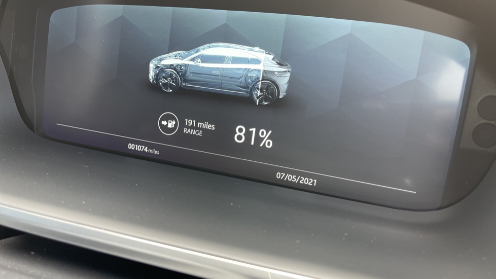 Jaguar I-PACE 294kW EV400 SE 90kWh [11kW Charger] Performance seats and Fixed panoramic roof image 17