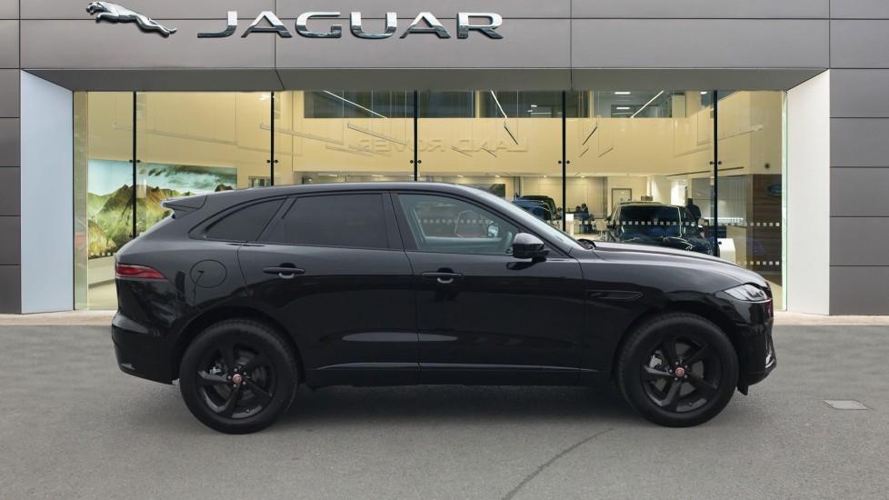 Jaguar F-PACE 2.0 P250 R-Dynamic S 5dr AWD image 5
