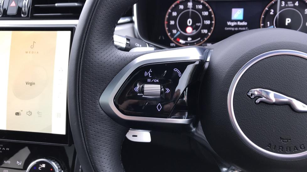 Jaguar F-PACE 2.0 P250 R-Dynamic S 5dr AWD image 18