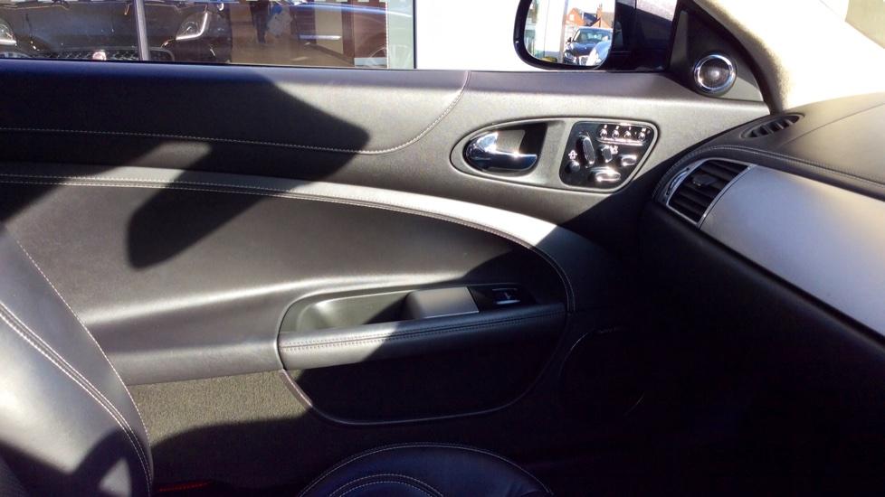 Jaguar XK 5.0 V8 Portfolio 2dr image 16