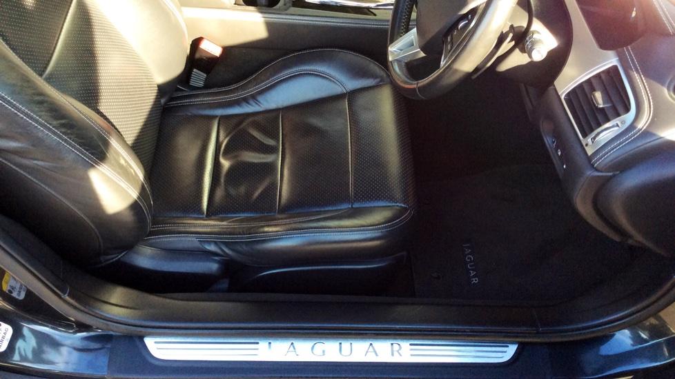 Jaguar XK 5.0 V8 Portfolio 2dr image 19