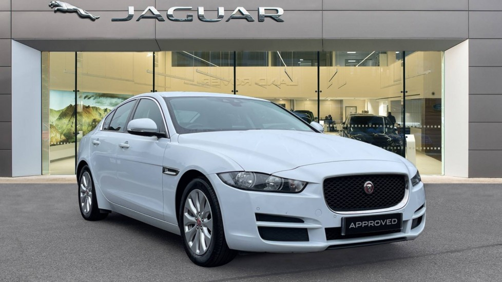 Jaguar XE 2.0d SE Cruise Control and Privacy glass Diesel Automatic 4 door Saloon