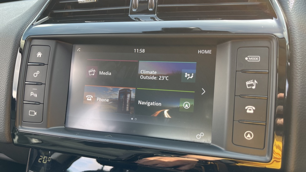 Jaguar XE 2.0d SE Cruise Control and Privacy glass image 12
