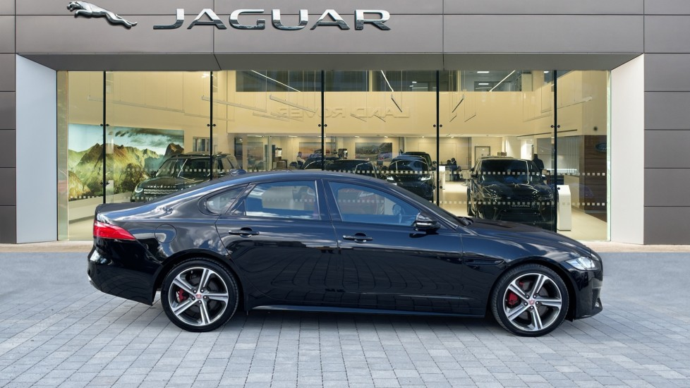 Jaguar XF 3.0d V6 S - Panoramic Roof - Navigation - Cruise Control image 5