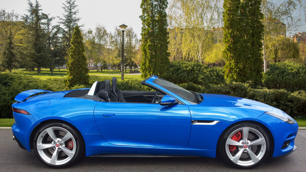 Jaguar F-TYPE 5.0 Supercharged V8 R 2dr AWD image 5