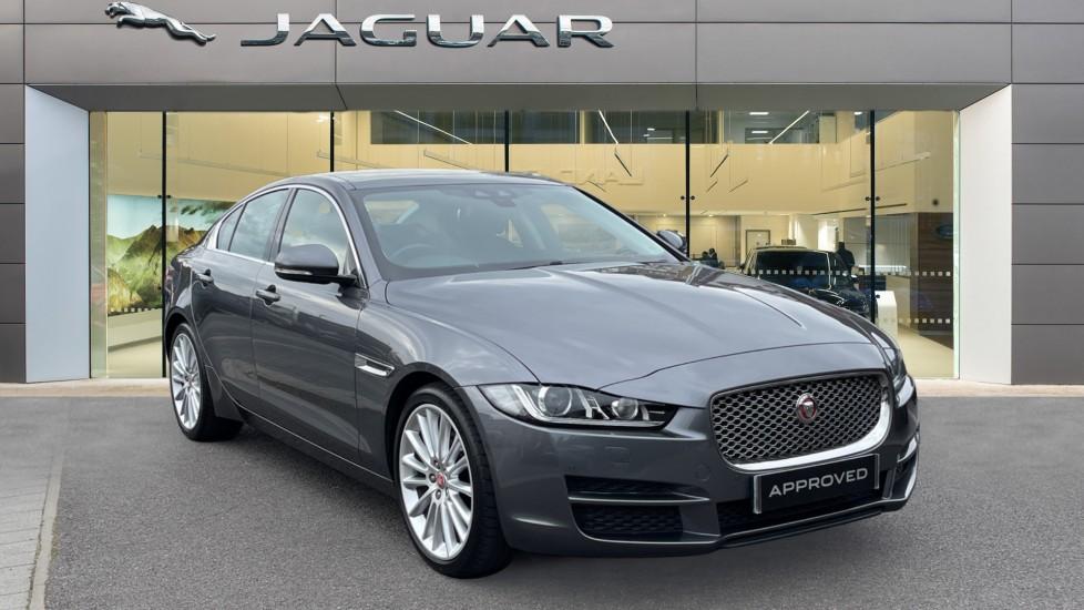 Jaguar XE 2.0d [180] Portfolio Sliding Pan Roof and Meridian Sound System Diesel Automatic 4 door Saloon