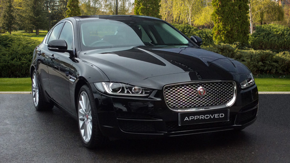 Jaguar XE 2.0d [240] Portfolio AWD + Panoramic Roof + Rear Camera + Low Mileage +  Diesel Automatic 4 door Saloon (2017) image