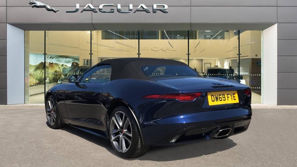 Jaguar F-TYPE 2.0 P300 R-Dynamic 2dr image 2