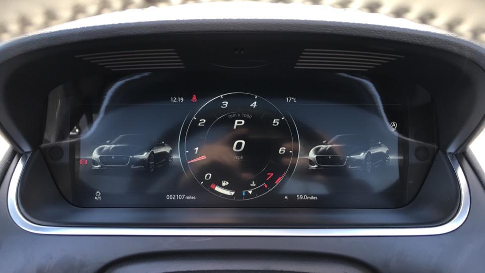 Jaguar F-TYPE 2.0 P300 R-Dynamic 2dr image 10