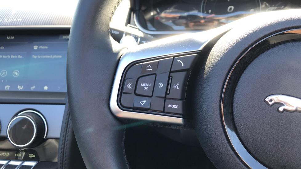 Jaguar F-TYPE 2.0 P300 R-Dynamic 2dr image 16
