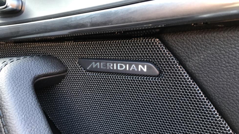 Jaguar F-TYPE 2.0 P300 R-Dynamic 2dr image 20