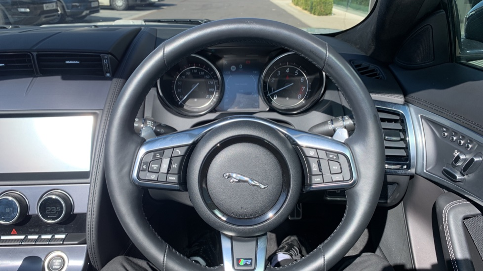 Jaguar F-TYPE 5.0 Supercharged V8 R 2dr AWD image 16