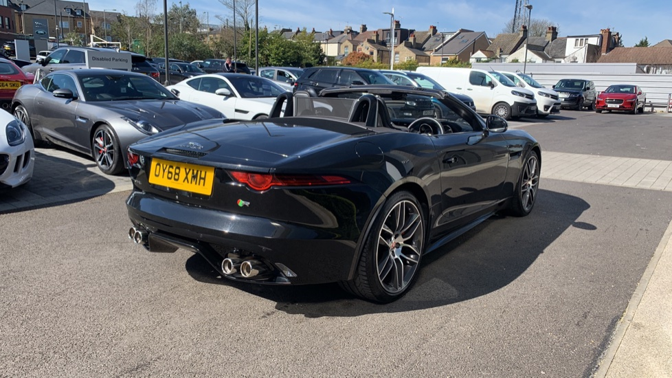 Jaguar F-TYPE 5.0 Supercharged V8 R 2dr AWD image 30