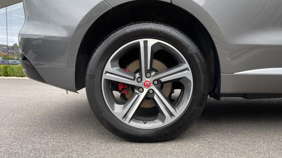 Jaguar F-PACE 3.0d V6 S 5dr AWD Meridian Sound System and mood lighting image 8