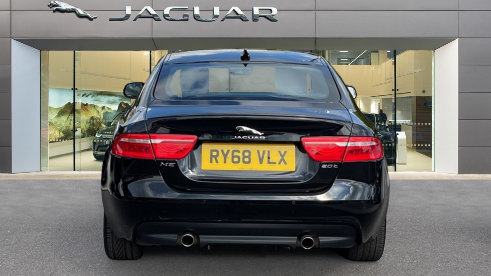 Jaguar XE 2.0 Ingenium R-Sport - Petrol with Ambient Interior Lighting and Cruise Control image 6