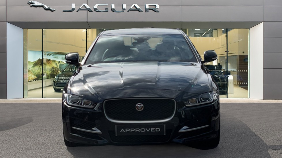 Jaguar XE 2.0 Ingenium R-Sport - Petrol with Ambient Interior Lighting and Cruise Control image 7