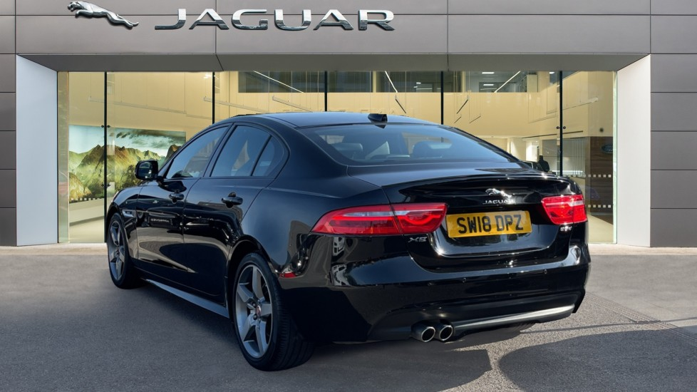 Jaguar XE 2.0d [180] R-Sport Heated front seats and Cruise control image 2
