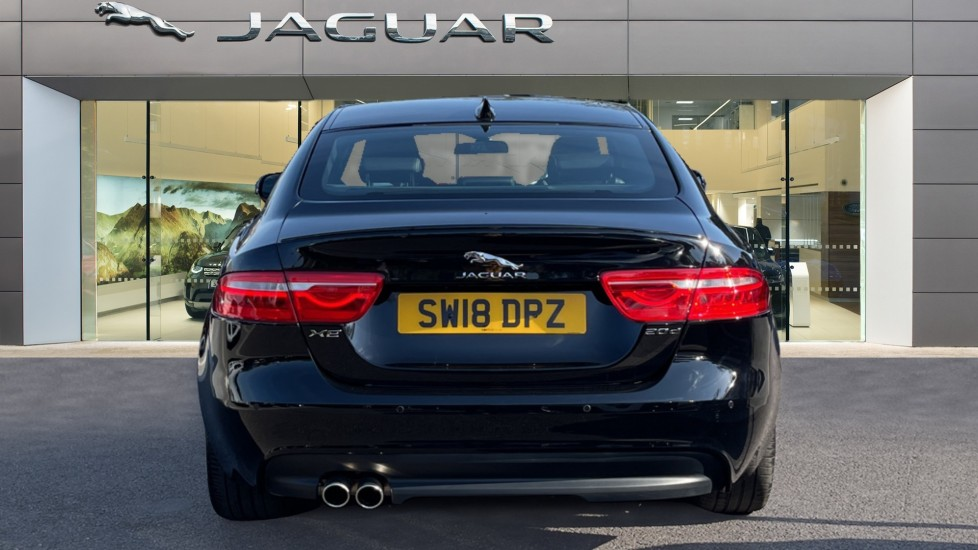 Jaguar XE 2.0d [180] R-Sport Heated front seats and Cruise control image 6