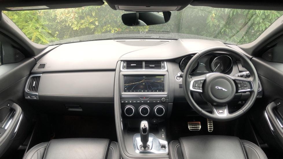 Jaguar E-PACE 2.0d R-Dynamic S 5dr image 9