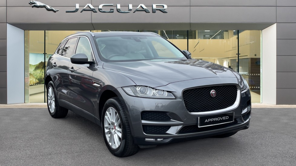 Jaguar F-PACE 2.0d [240] Portfolio AWD Sliding Panoramic Roof and Meridian Sound System Diesel Automatic 5 door Estate