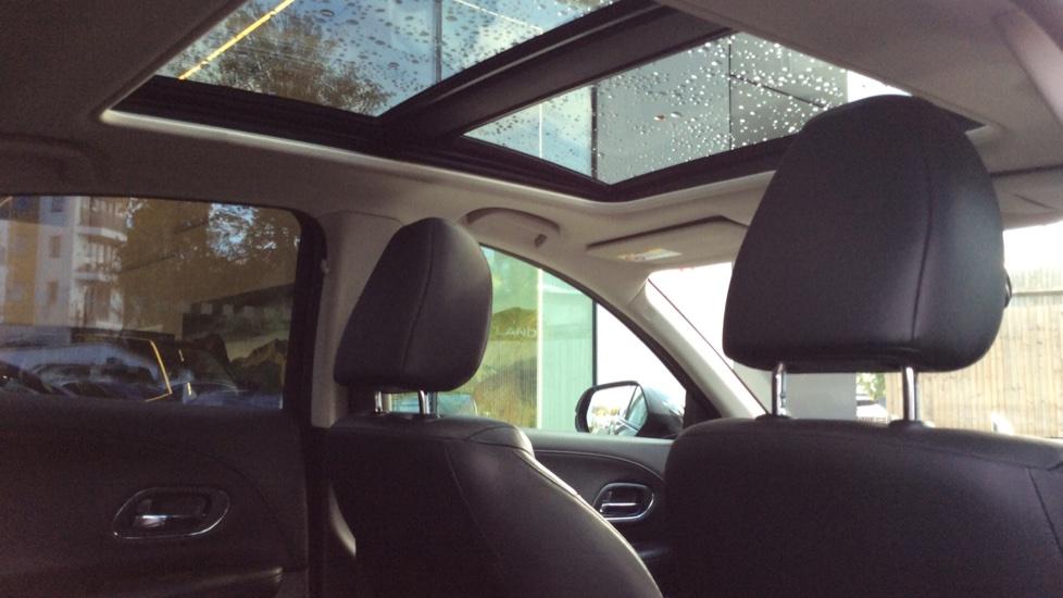 Honda HR-V 1.5 i-VTEC EX CVT 5dr image 25