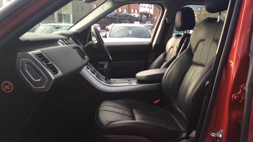Land Rover Range Rover Sport 3.0 SDV6 HSE 5dr image 3