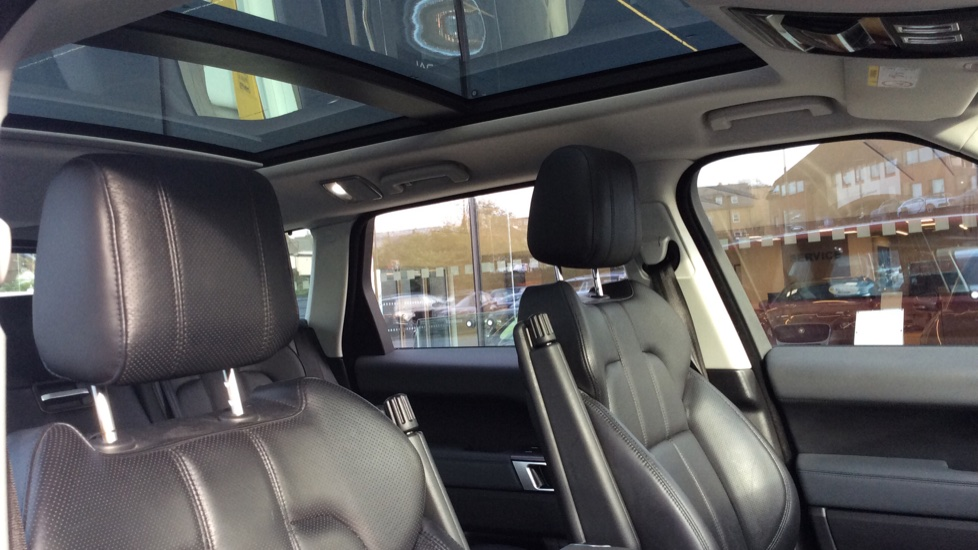 Land Rover Range Rover Sport 3.0 SDV6 HSE 5dr image 21