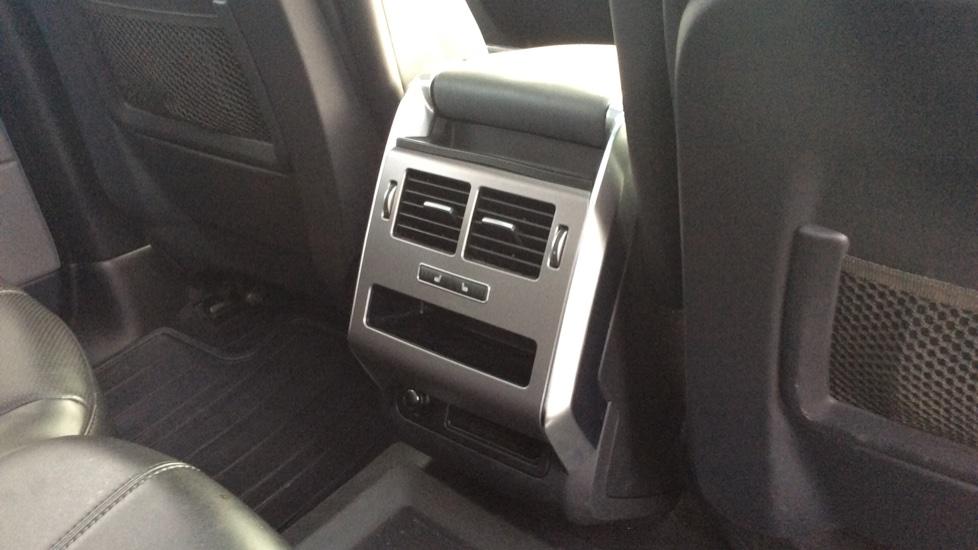 Land Rover Range Rover Sport 3.0 SDV6 HSE 5dr image 26
