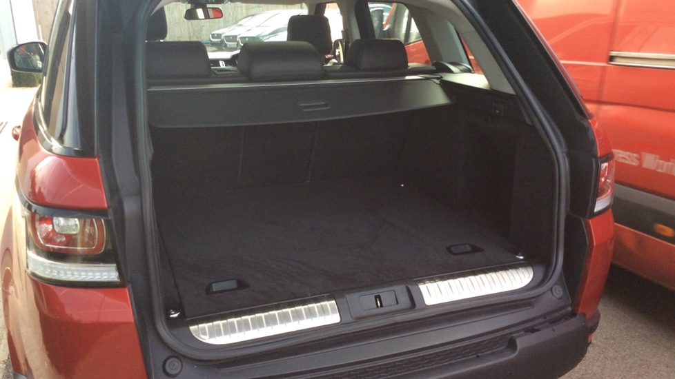 Land Rover Range Rover Sport 3.0 SDV6 HSE 5dr image 27