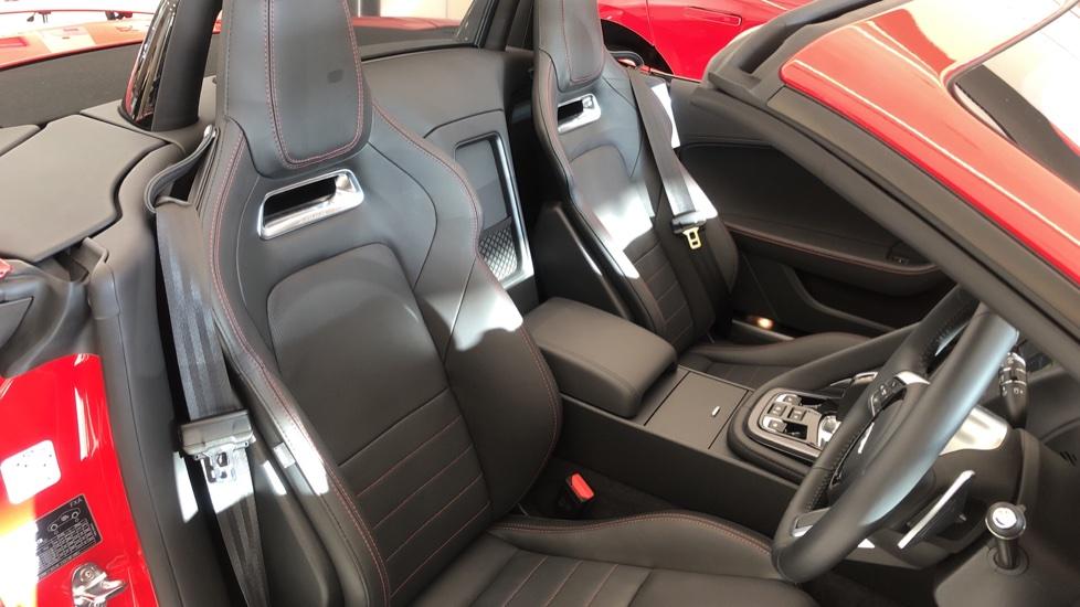 Jaguar F-TYPE 3.0 380 Supercharged V6 R-Dynamic AWD image 4