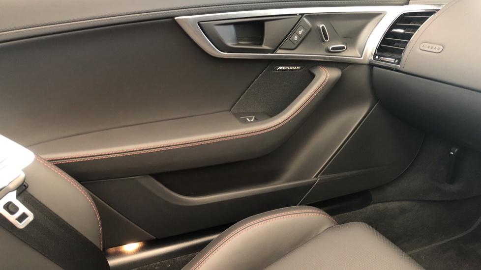 Jaguar F-TYPE 3.0 380 Supercharged V6 R-Dynamic AWD image 21