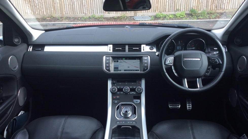 Land Rover Range Rover Evoque 2 0 TD4 HSE Dynamic 5dr - Privacy Glass -  Rear Camera - Diesel Automatic 4x4 (2016) at Land Rover Barnet