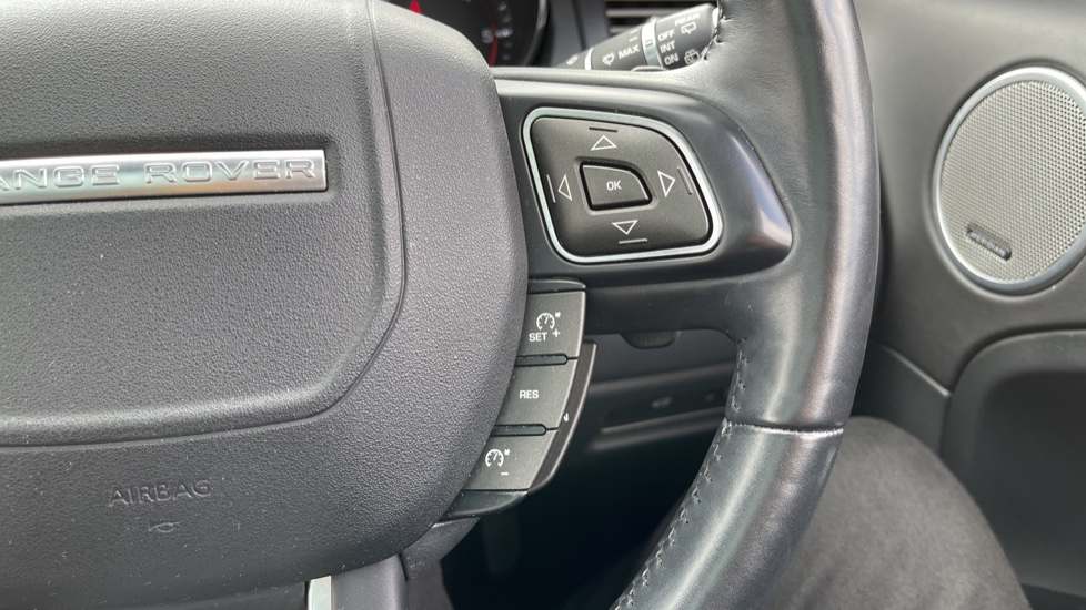 Land Rover Range Rover Evoque 2.2 SD4 Autobiography [9] Heated and cooled front seats with heated rear seats and Digital TV, image 15