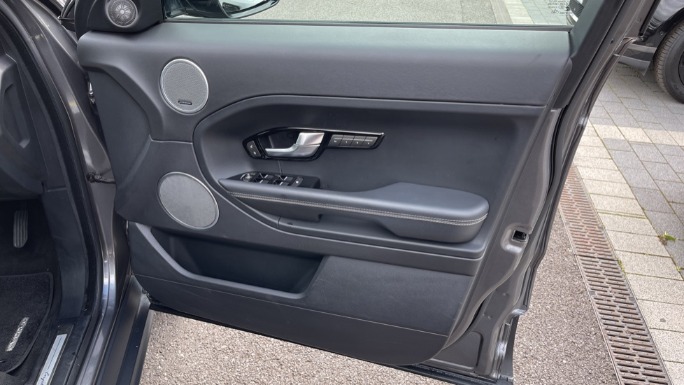 Land Rover Range Rover Evoque 2.2 SD4 Autobiography [9] Heated and cooled front seats with heated rear seats and Digital TV, image 17